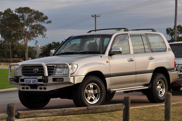 IFS 100 series Land Cruiser