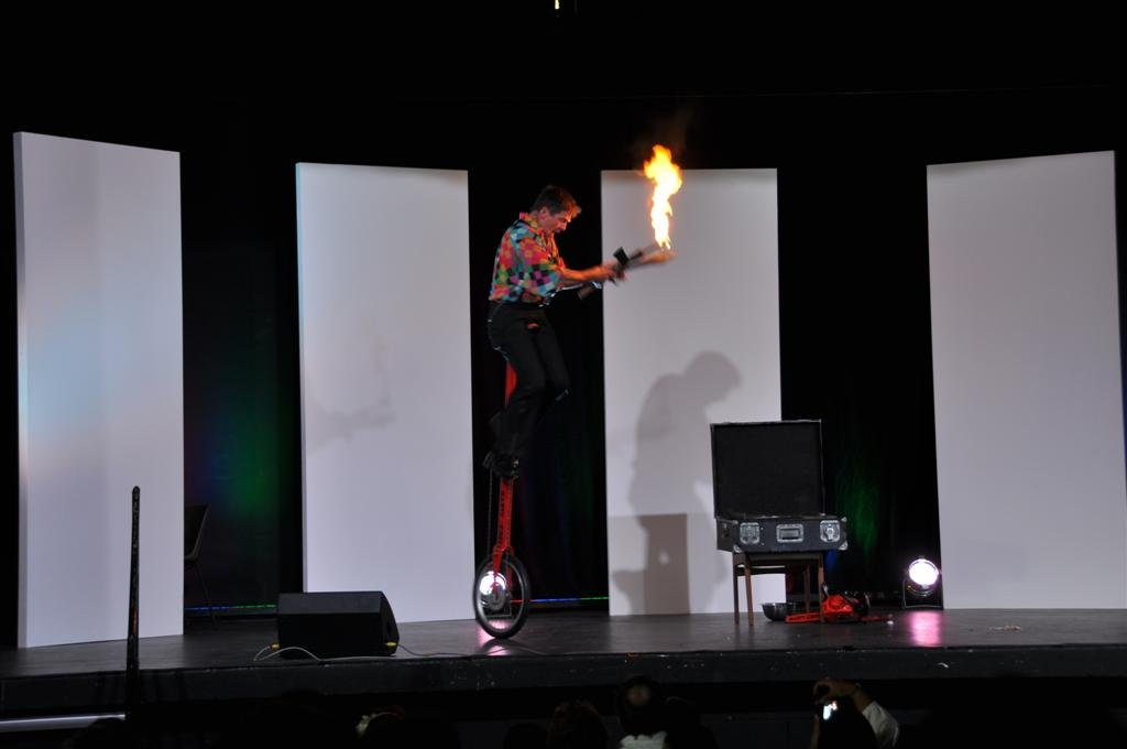 A Performer at the Royal Show