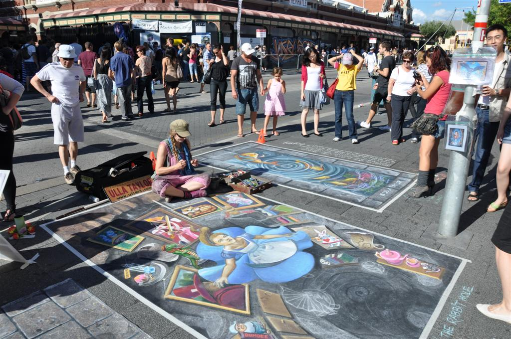 Incredible Chalk Drawings in Fremantle