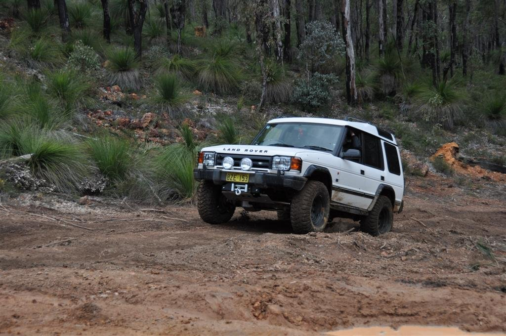 Land Rover Power on the Mundaring Powerlines Track