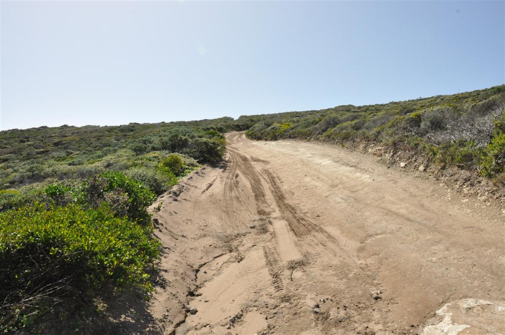 Exploring the coast of WA on 3 Bears Track