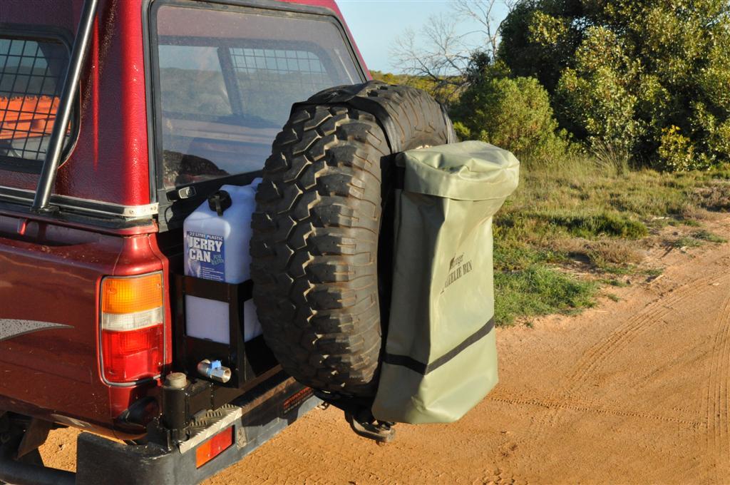 Bushranger tyre bin bag