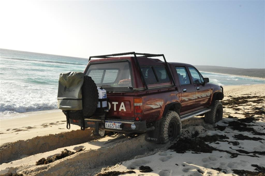 Hamelin Bay Beach 4WDing