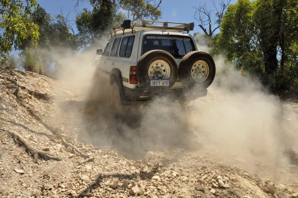 Julimar 4WD Tracks with the lockers in