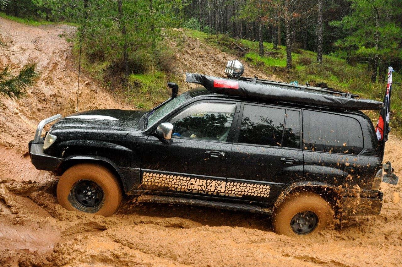 Lexus 4wd in the Mud