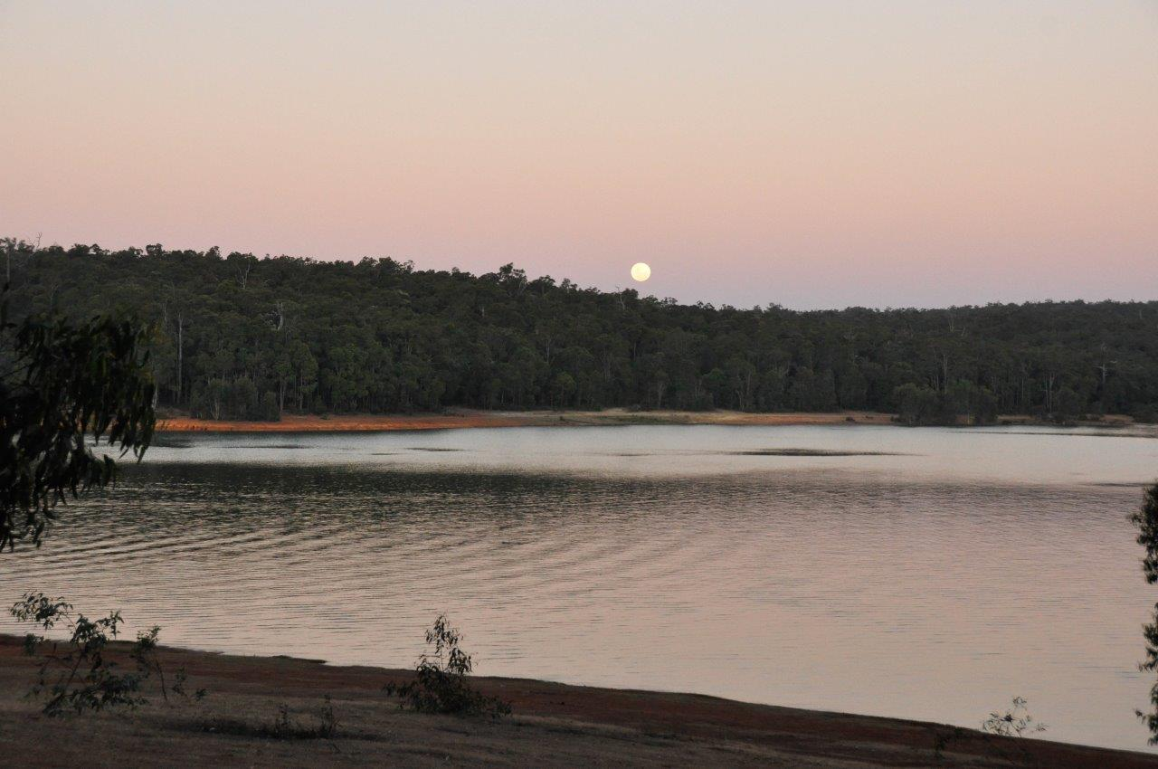 The Moon at Waroona