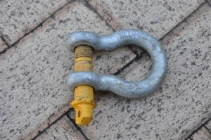 Rated 4wd shackle
