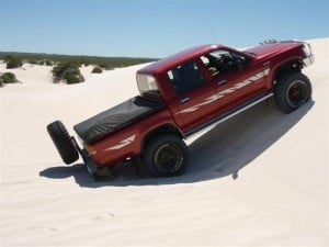 2.4 Hilux 22R in the sand dunes