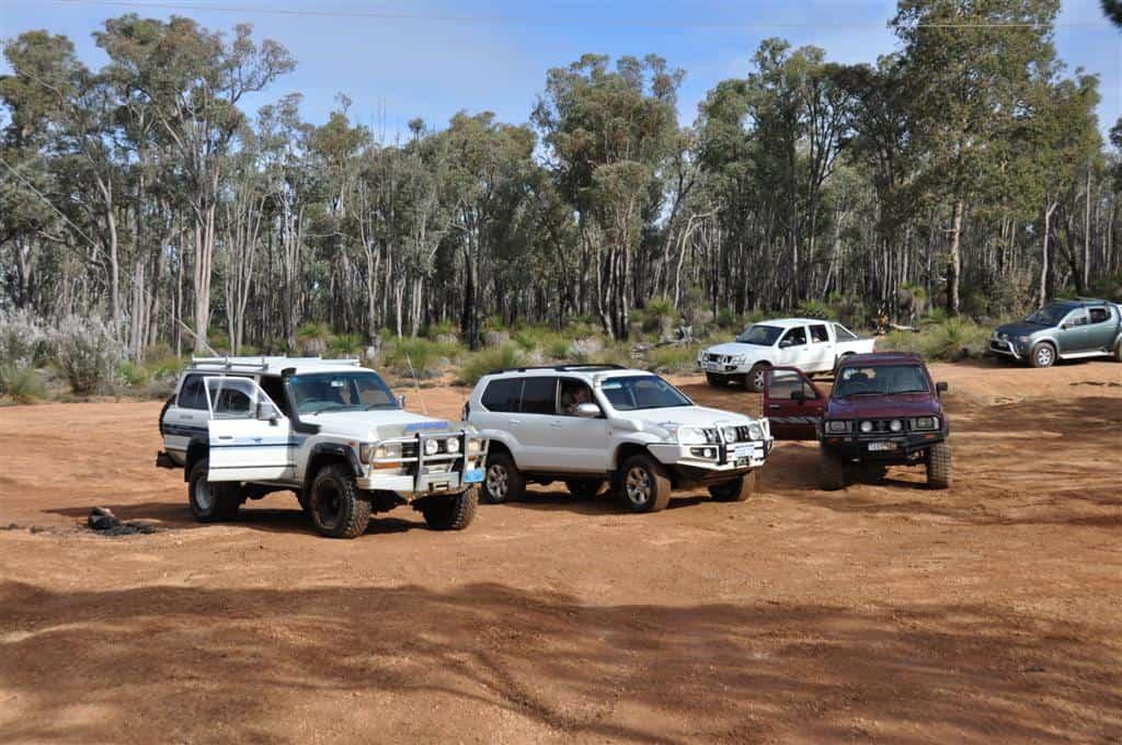 Mundaring Powerlines Track four wheel driving