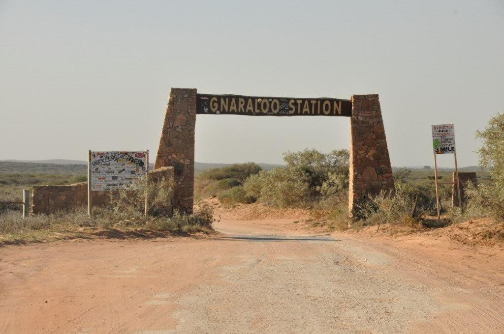 Gnaraloo Station sign