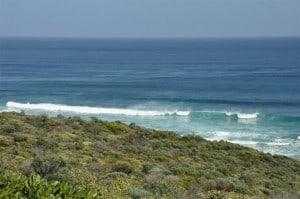 Big waves at 3 bears