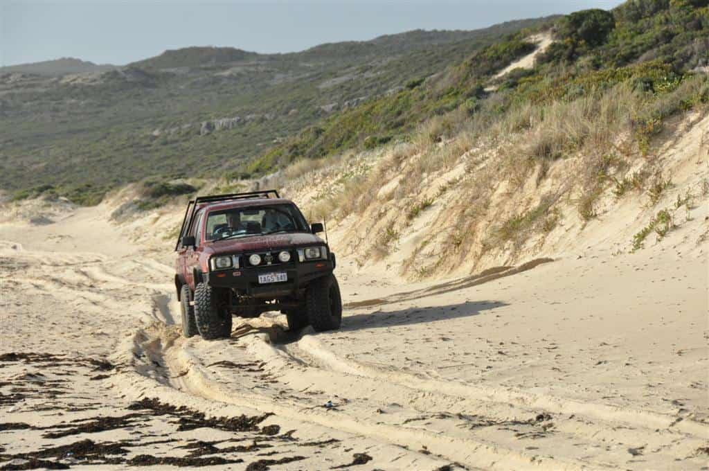 4wd track near Hamelin Bay