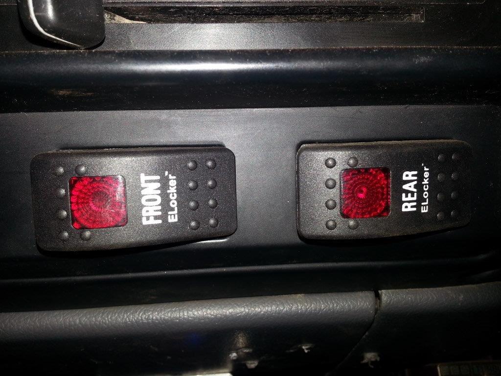 E locker switches