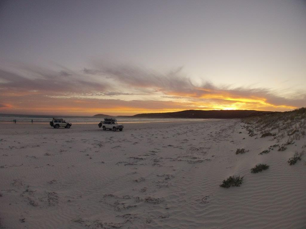 Thomas River 4WD's at sunset