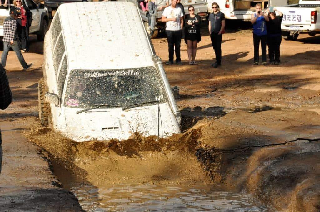 Mundaring mud