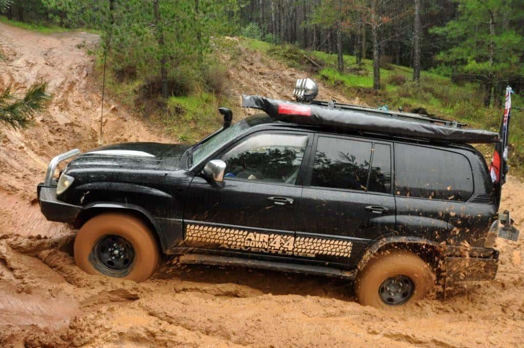 V8 Lexus in the mud