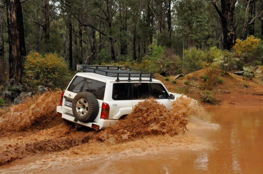 4WD water crossing