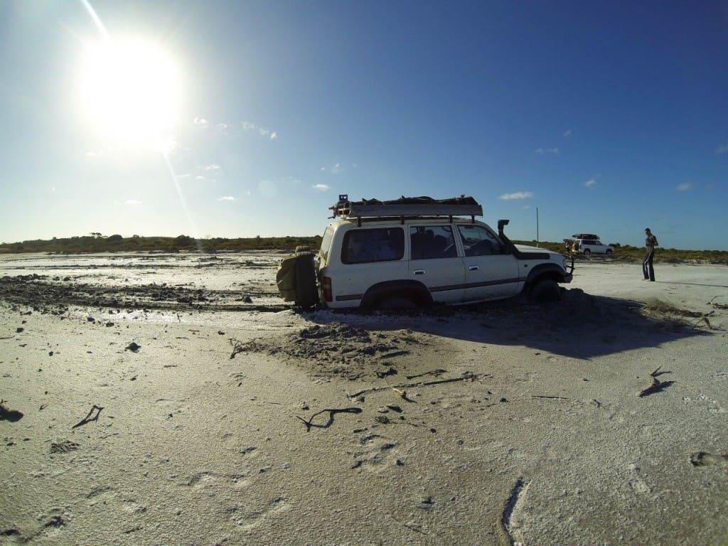 ELockers bogged in a salt lake