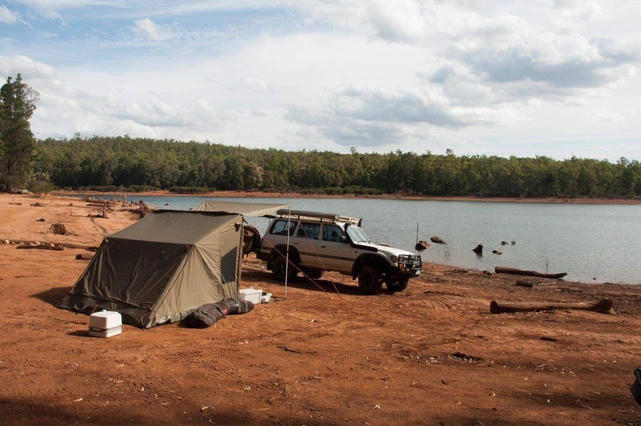 Wellington Dam camping