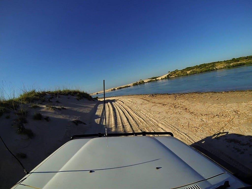 4WDing along Hunter Creek