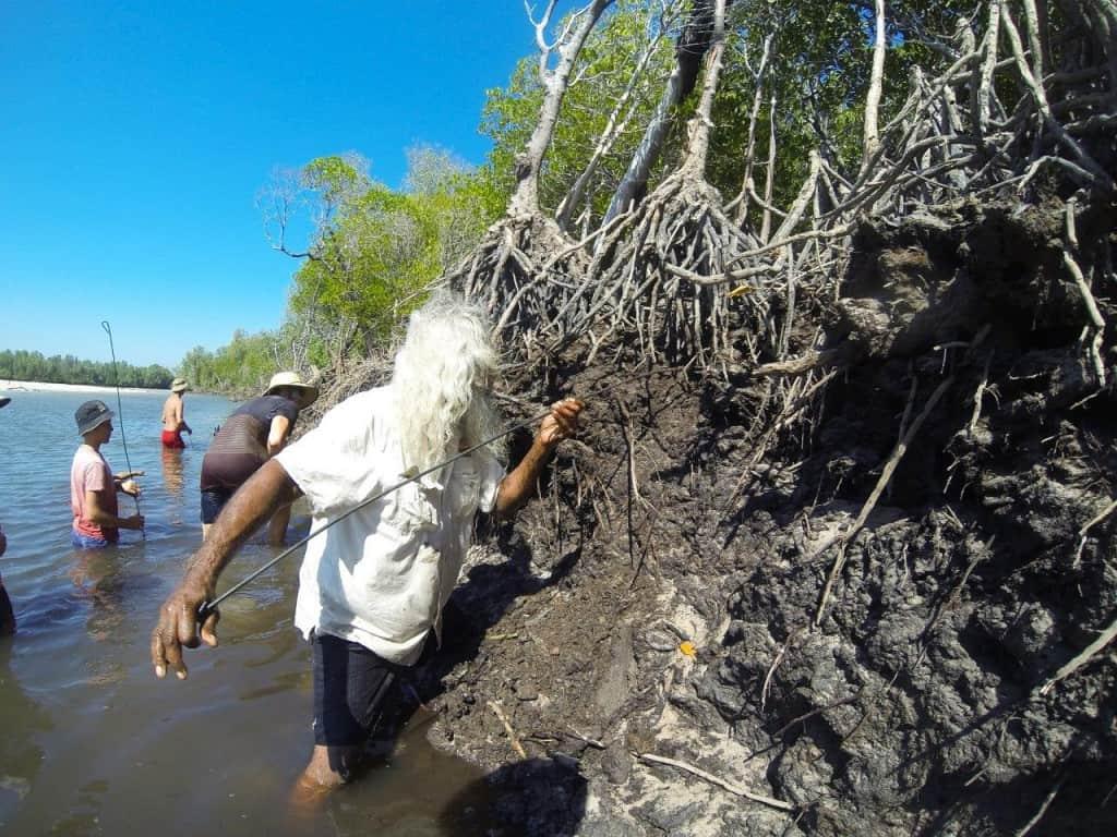 Brian Lee getting a mud crab