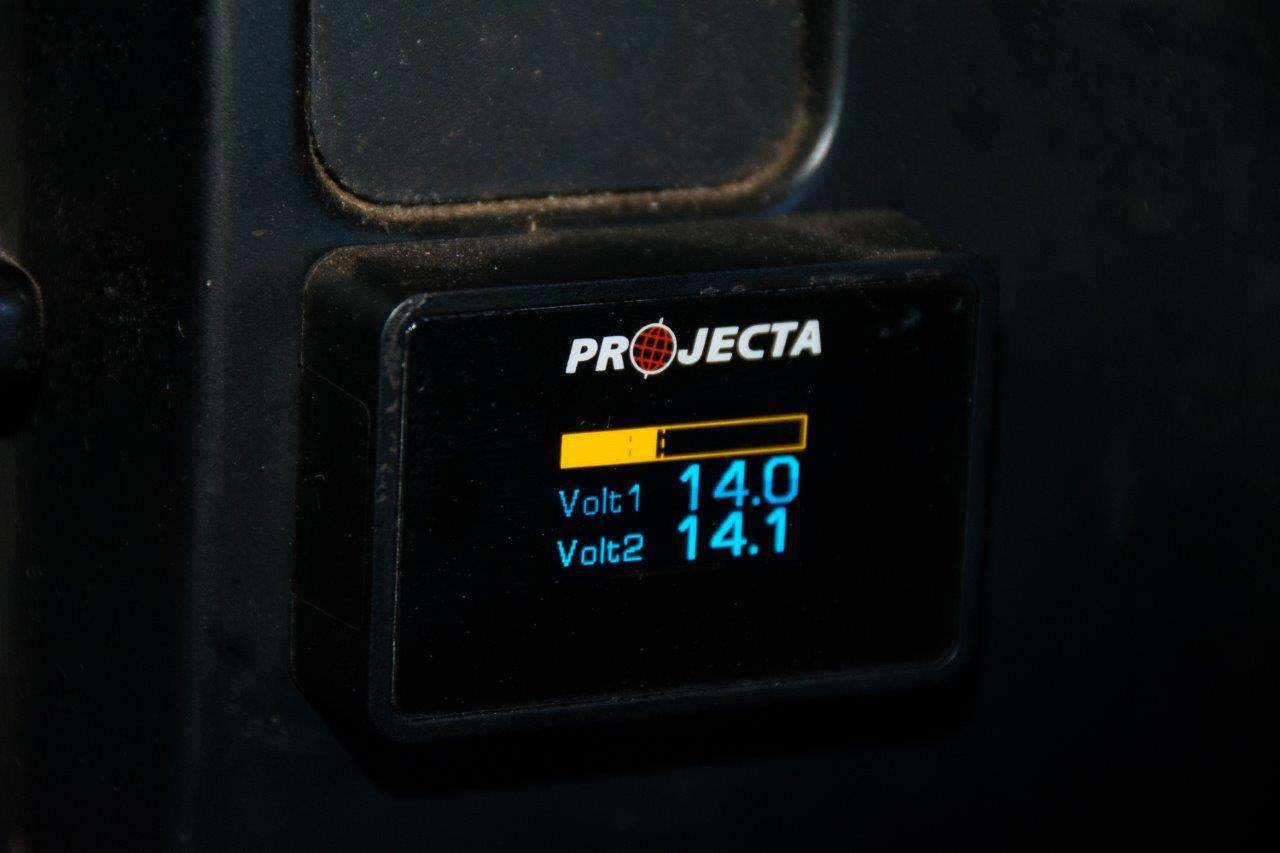 Dual battery monitor by Projecta