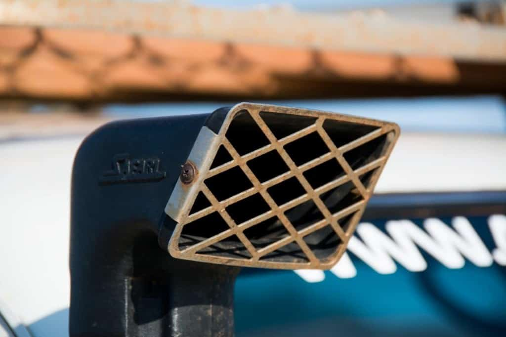 Stainless snorkel grate