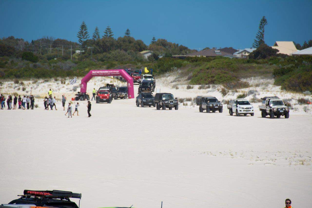 entering-the-lancelin-dunes