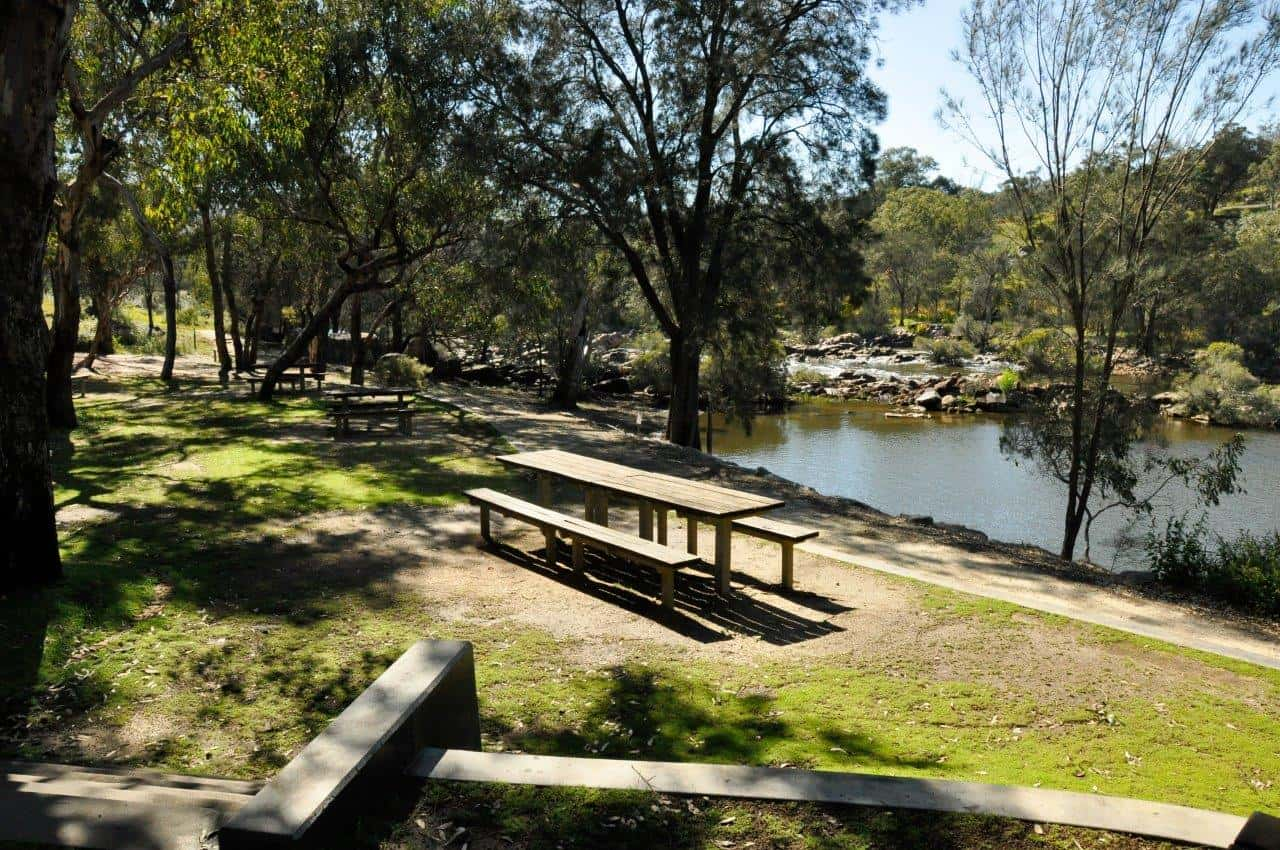 picnic-facilities-at-walyunga