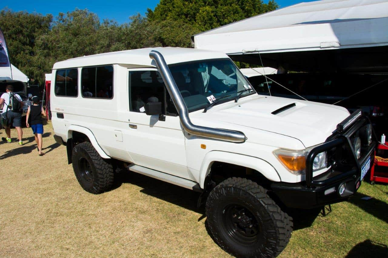 troopy-with-a-stainless-snorkel