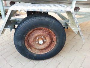 Tiny wheels on the tinny