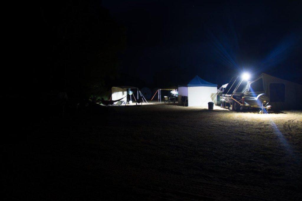Linga Longa at night