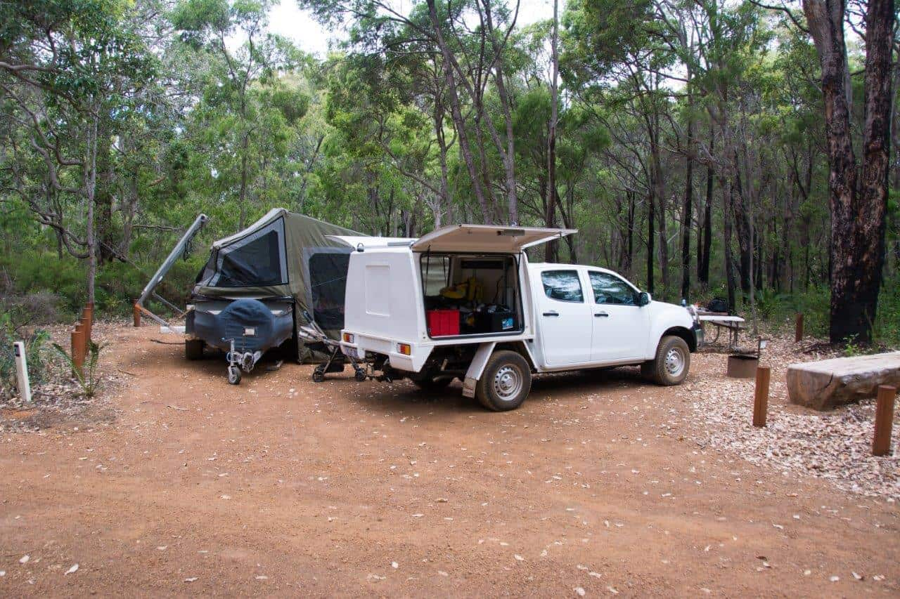 Camper trailer and 4WD to the NT