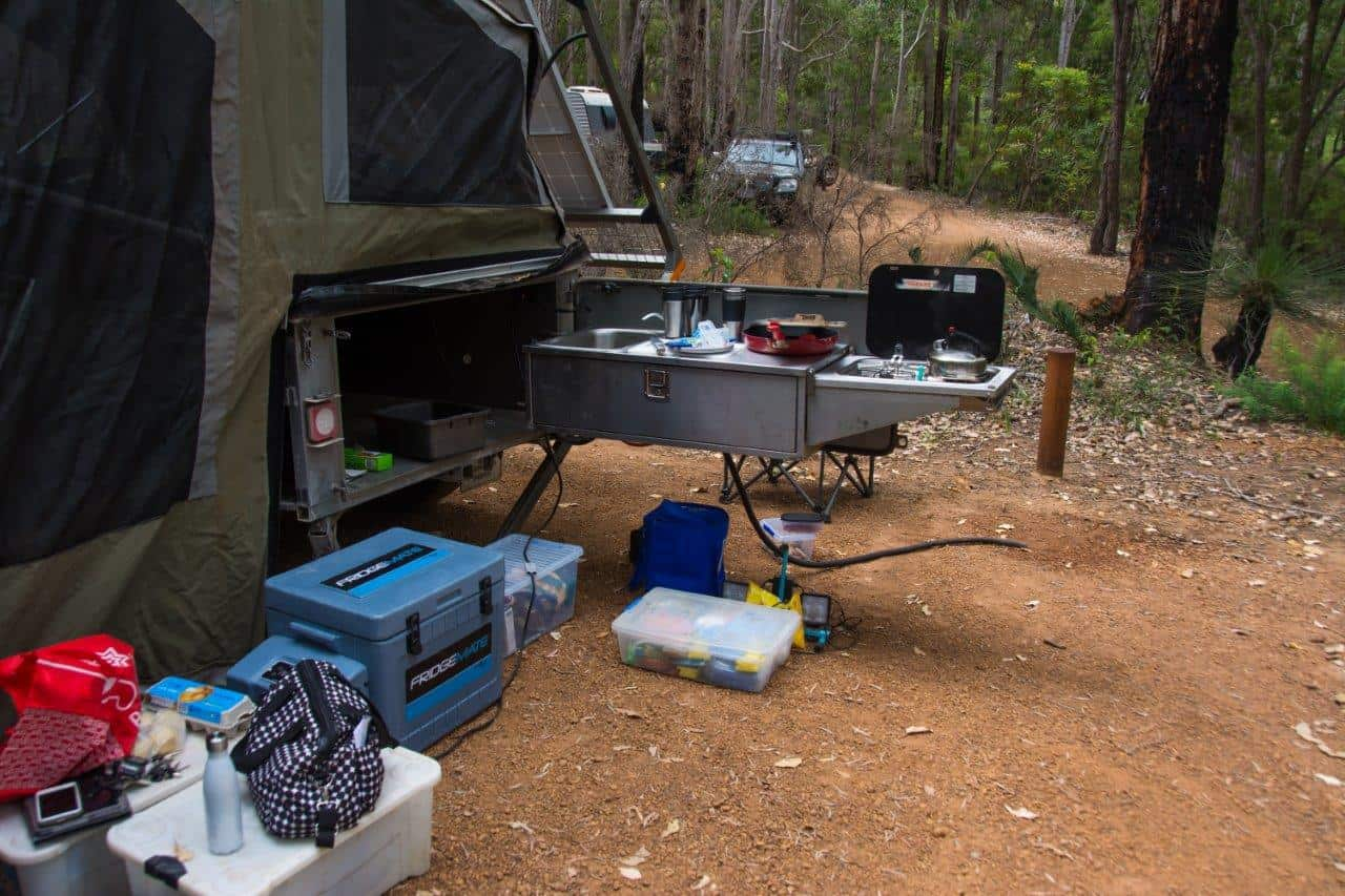 Tubs and camper trailer