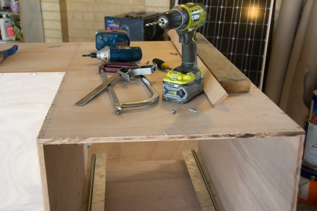 Building a ute drawer slide