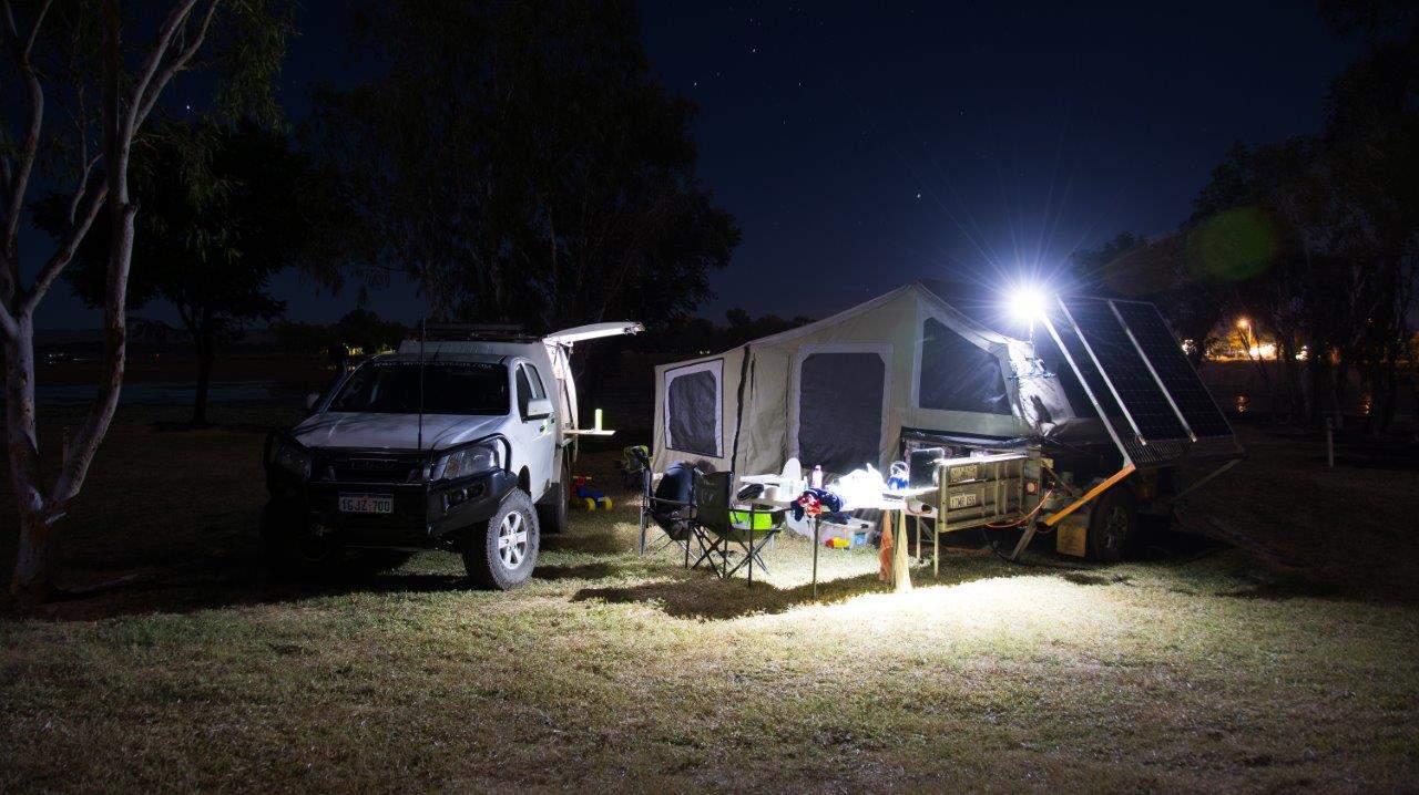 Soft floor camper trailer