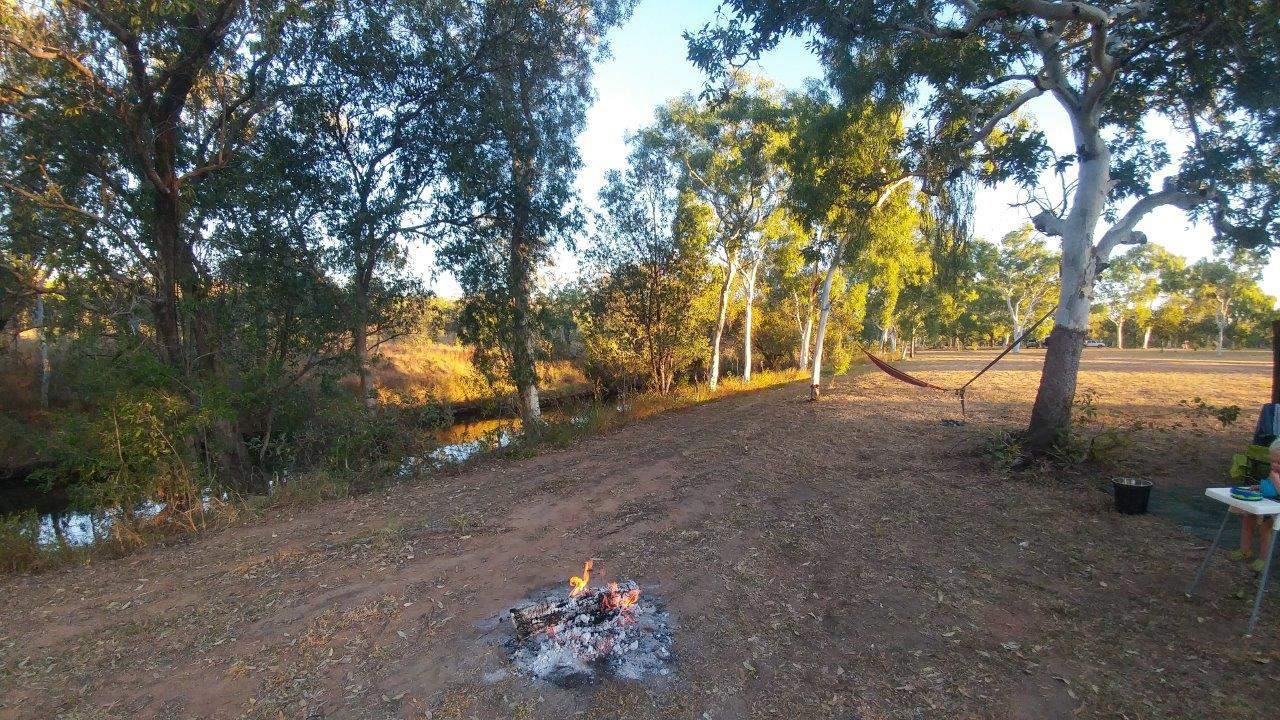 River camping at Lorella