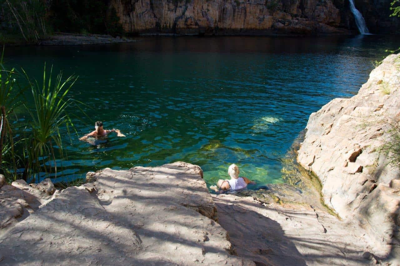 Maguk swimming