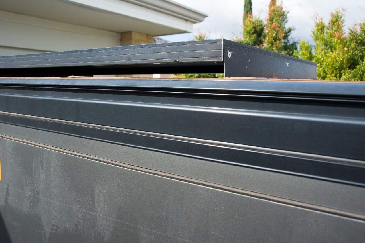 Thunder solar panel