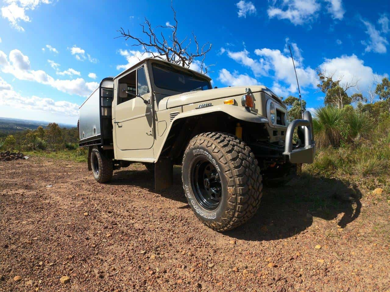 FJ45 with new panels