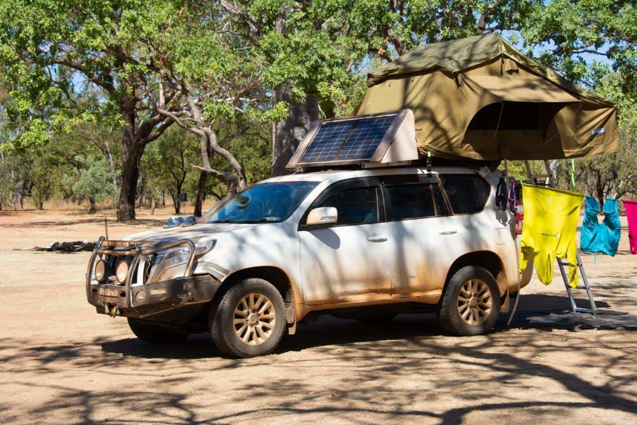 4WD and roof top tent