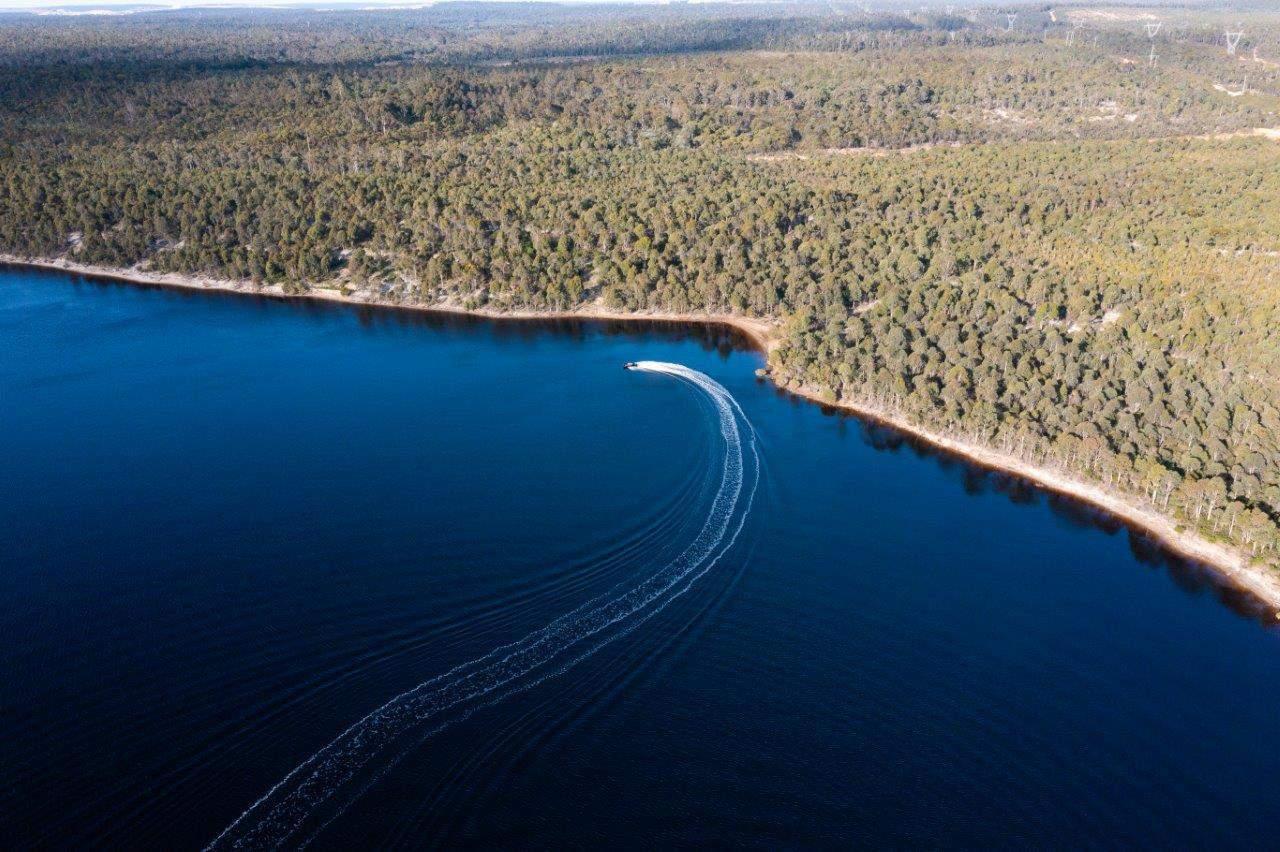 Skiing at Lake Kepwari